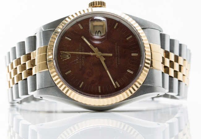 A how-to guide for buying watches at auctions