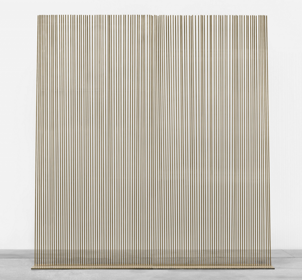 HARRY BERTOIA. Untitled (Monumental Sonambient) from the Standard Oil Commission. USA, 1975 beryllium copper and Naval brass. 334 x 53 x 352 cm. Wright
