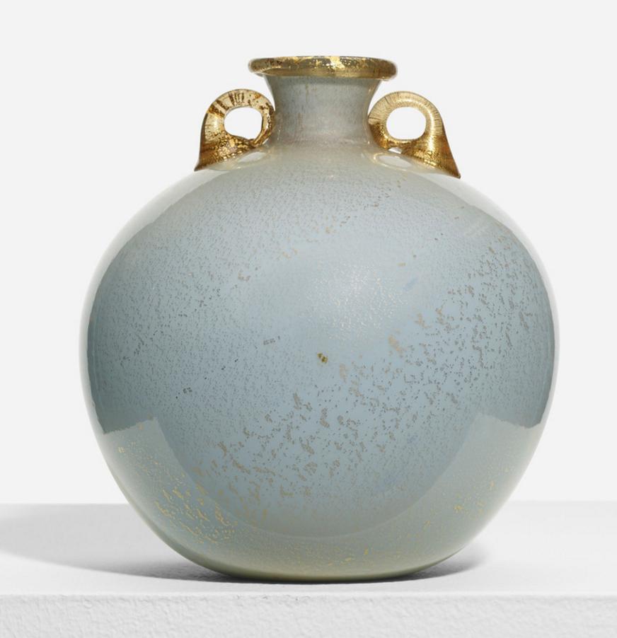 TOMASO BUZZI vasel, model 1643 Venini Italy, c. 1933 incamiciato glass with gold inclusions 6½ dia x 7½ h in (17 x 19 cm) estimate: $3,000–5,000