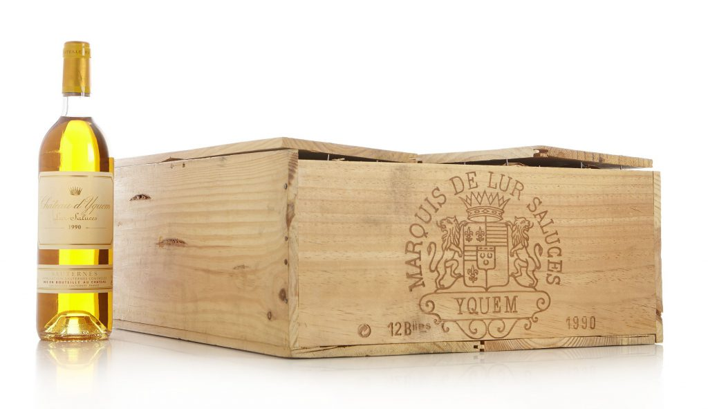 Château d'Yquem 1990 Sauternes, 1er Cru Supérieur. Price est.: c. € 3200 Stockholms Auktionsverk