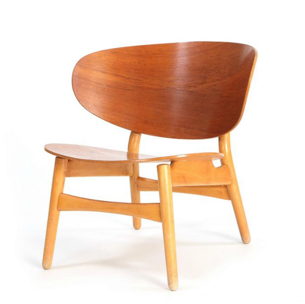 """Hans J. Wegner: """"FH 1936"""". Designed 1948/1950. Manufactured by Fritz Hansen. Price est.: € 2,000-2,700. Bruun Rasmussen"""
