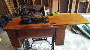 antique-singer-sewing-machine